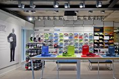 asics store paris